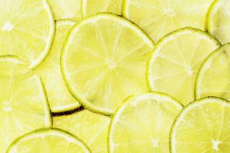 Vitamín C: Proč se bez něj neobejdeme